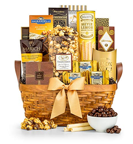 GiftTree As Good As Gold Gourmet Food & Snack Gift Basket   Includes Almond Roca, Sweet Popcorn, Bourbon Creme Caramels & More   Great Present for Christmas, Birthday, Thank You