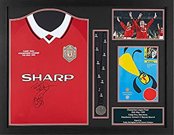7a2d94f28 Ole Gunnar Solskjaer   Teddy Sheringham dual signed and framed Manchester  United 1999 Champions League Final