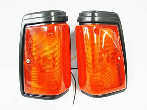 Datsun 720 a Pair of Front Corner Signal Lights New Nissan Indicator