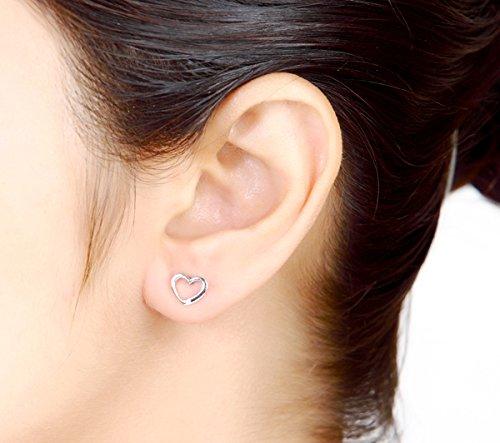 Argent Blanc 92 ct Boucles d'oreilles Diamant en forme de cœur, 0.03 Ct Diamant, GH-SI, 1.02 grammes.