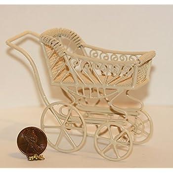 Dollhouse Miniature Ornate Victorian Sofa in Cream Wire