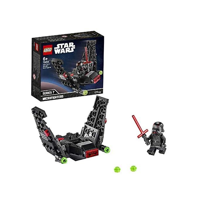 51r%2BefHpwLL Los recién llegados al mundo de los juguetes de construcción LEGO Star Wars podrán interpretar el papel de un emblemático villano con el modelo LEGO Microfighter: Lanzadera de Kylo Ren (75264), una versión de construcción rápida equipada con cañones que disparan de la que se vio por primera vez en Star Wars: El Despertar de la Fuerza. A los peques les encantará meterse en la piel del malo: pilotar la lanzadera, ajustar las alas para activar los modos de vuelo o aterrizaje, ¡y atacar a la Resistencia con 2 cañones que disparan y la espada láser de la minifigura de Kylo Ren! Kylo Ren cuenta con un flamante casco (novedad en enero de 2020), decorado como si estuviera agrietado, y su propia espada láser; además, se incluyen montones de ladrillos LEGO que animarán a los peques a usar su creatividad para construir algo diferente con otros sets LEGO Star Wars.