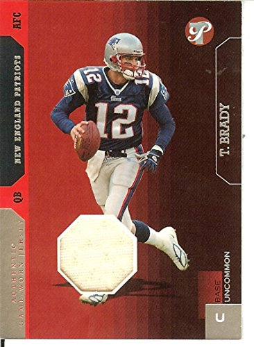 142 Tom - Football NFL 2005 Pristine #142 Tom Brady Jersey MEM 122/500 Patriots
