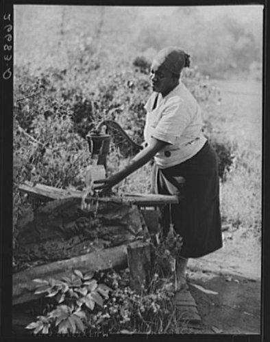 Photo  Water Supply Near Potato Pickers Shacks  Monmouth County New Jersey