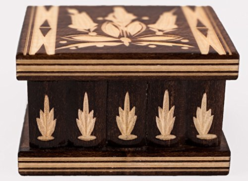 Kalotart Eastern European Wooden Puzzle Jewelry Box – Handmade in a Traditional Style – Secret Box with Key – Unique Carvings - Small (Brown)