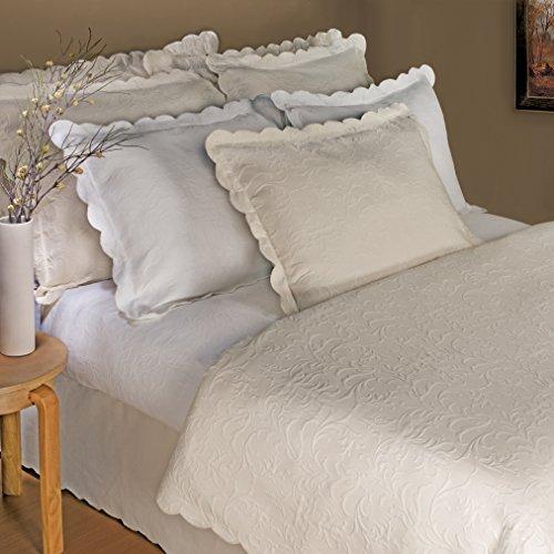 LaMont Home Majestic Collection – 100% Cotton Matelassé Coverlet