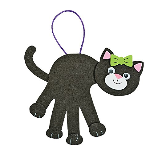 Fun Express - Black Cat Handprint ck for Halloween - Craft Kits - Hanging Decor Craft Kits - Handprint Decoration Kits - Halloween - 12 Pieces