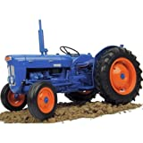 Fordson Super Dexta Vintage Tractor (1962) by Universal Hobbies