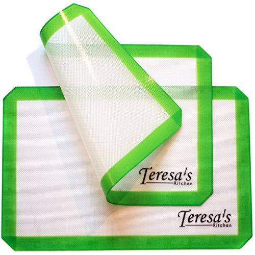 Silikon Backmatte - Antihaft - hitzebeständig - Gesundes Kochen - lebensmittelecht zertifiziert - wiederverwendbar - Teresa 's Kitchen - 2 Pack 42cm x 28cm grün