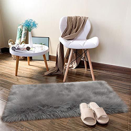 Noahas Luxury Fluffy Rugs Bedroom Furry Carpet Bedside Faux Fur Sheepskin Area Rugs Children Play Princess Room Decor Rug, 2ft x 3ft, Grey