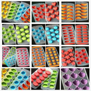 Tiean Food Grade Moon Shape Silicone Ice Cube Jelly Chocolate Fruit Cake DIY Mold Mold Tray Pudding