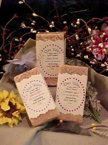(Natural Hand Made Goatmilk Soap Variety Scented 4.oz Bar (Mango Tango) by Van Yulay)