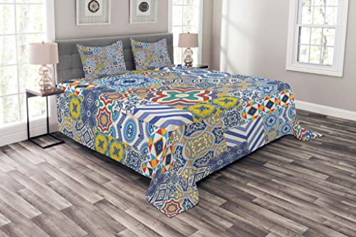 Lunarable Moroccan Bedspread Set King Size, Moroccan Classic Mosaic Tile Inspired Patchwork Style Pattern Artwork Print, Decorative Quilted 3 Piece Coverlet Set with 2 Pillow Shams, Mustard Blue