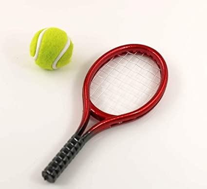 Amazon.com: Dollhouse miniatura Raqueta de tenis & Ball Mini ...