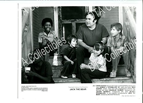 Moving picture PHOTO: JACK THE BEAR-8X10 STILL-1991-DRAMA-DANNY DEVITO-ROBERT J. STEINMILLER JR. FN