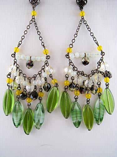 Dangling Goldtone Opalescent Peridot/White Opal Glass Chandelier Earrings O7