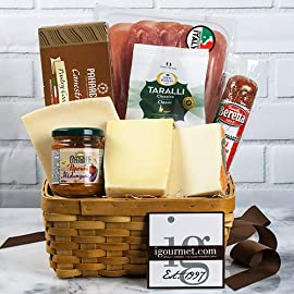 Italian Classic Gourmet Gift Basket 2 From Tuscany to Sicily, Italy has a food-oriented culture. From its al dente pastas, to its extra virgin olive oils, to its fine gourmet cheeses, Italy can't be beat for its culinary diversity and excellence. Our Italian Gift Basket brings home a sampling of this great nation's most exquisite foods. Items included are: