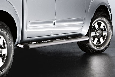 Genuine Nissan Accessories - Nissan Genuine Accessories 999T6-BR007 Step Rail for Crew Cab