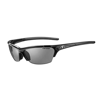c28aad55f3 Amazon.com  Tifosi Radius Polarized Sunglasses