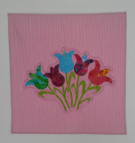 (Tulip Garden Applique Spring Wall Hanging on Pink Background)
