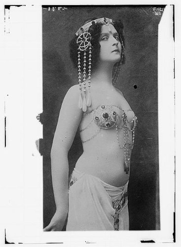 Photo: Belly dance performer Fritzi Schaffer as Salome,woman,c1910,costume,bare stomach