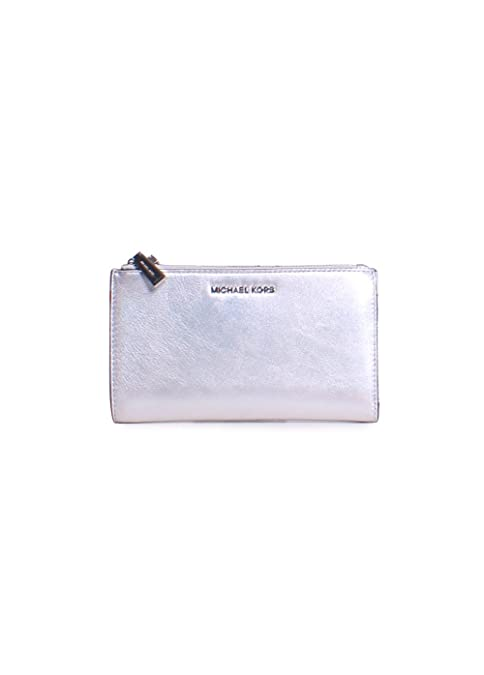 f3f7f374210fa Michael Kors Jet Set Double Zip Metallic Leather Wristlet Wallet in Silver   Amazon.ca  Clothing   Accessories