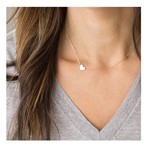VACRONA Gold Heart Pendant Necklaces,18K Gold Filled Tiny Love Heart Shaped Charm Choker Dainty Cute Handmade Necklaces Chain Jewelry Gifts for Women for Girls