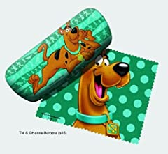 Rooby-rooby-roo! Keep your glasses clean with help from Scooby-Doo! This Scooby-Doo Green eyeglass case with Cleaning cloth is a stylish addition to any wardrobe that could use some more Scooby. Ages 12 and up.