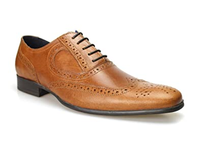 97b1cf0bc2 Red Tape Carlow Tan Men's Leather Brogue Shoes 10 UK Tan: Amazon.co.uk:  Shoes & Bags