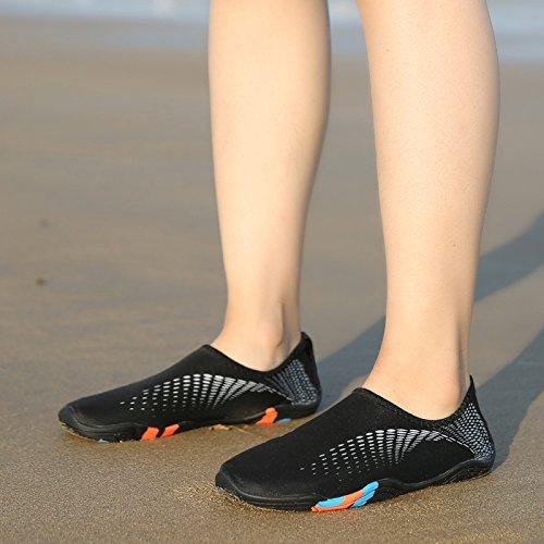 BIGU Chaussettes de Sport Aquatique de Nager de Surf de Yoga Et de Plage Pieds Nus /à S/échage Rapide Aqua Chaussettes Slip-on pour Hommes Femmes Enfants Chaussures deau