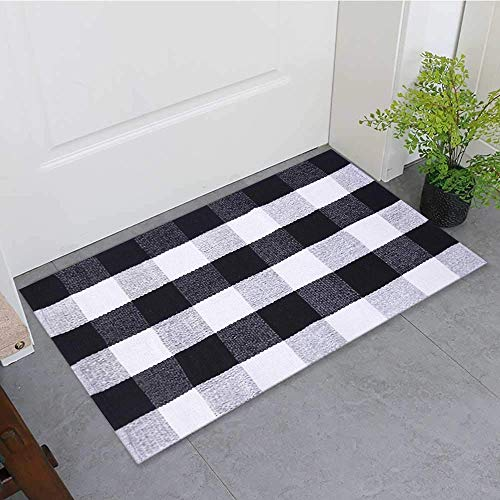 "Buffalo Plaid Rug Indoor Outdoor Buffalo Check Rug, Farmhouse Rugs for Doorway Kitchen/Bathroom/Front Porch/Decor - Layered Welcome Plaid Rug Doormats (24"" x35"",Black and White)"