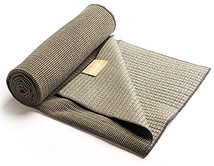 Amazon.com: Hugger mugger yoga toalla de bambú, color gris ...