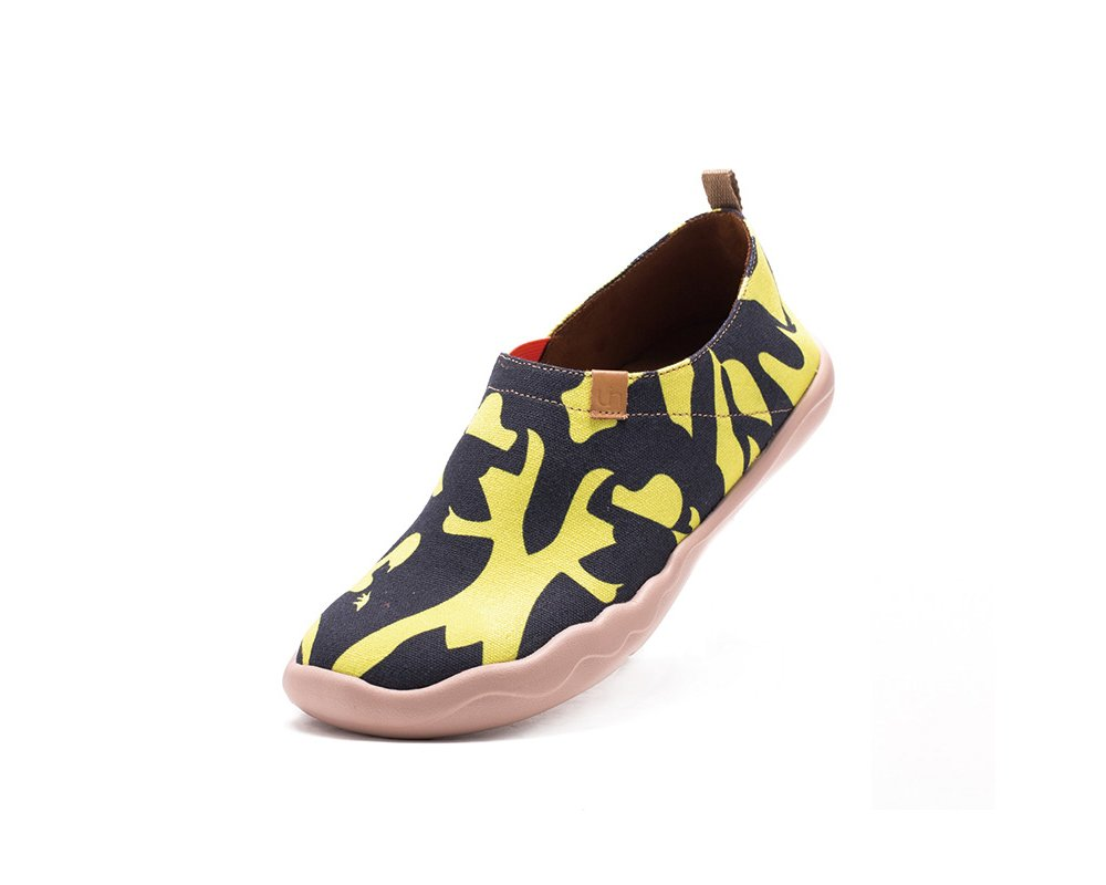 UIN Women's Follow Your Heart Printed Travel Canvas Shoe Multicolored (8)