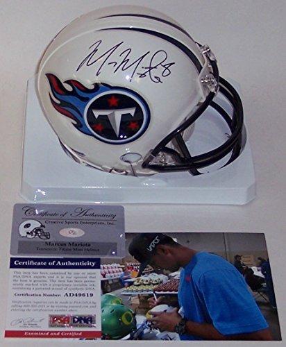Marcus Mariota Autographed Hand Signed Tennessee Titans Mini Helmet - PSA/DNA ()