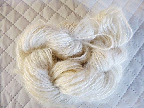 (Natural White Angora Rabbit Fur Hand spun Blend Fingering Weight Yarn)