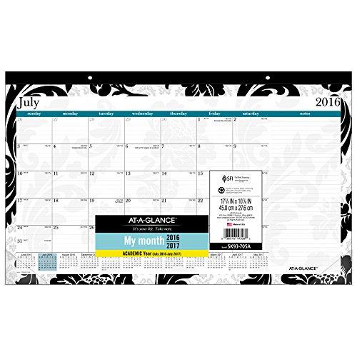 GLANCE Academic Year Desk Calendar product image