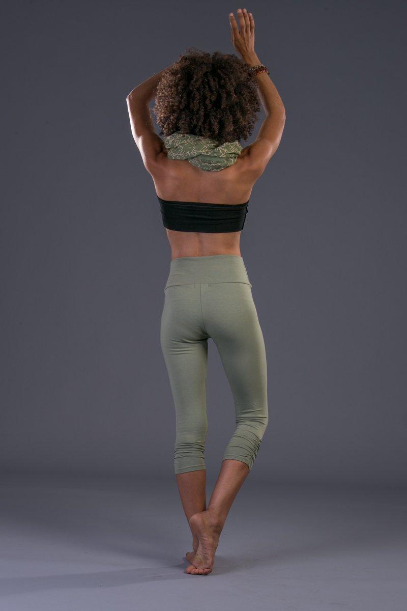 Handmade Women's Light Green Cotton Lycra Capri Tights Pants, Crop Yoga Leggings Bohemian Activewear Clothing