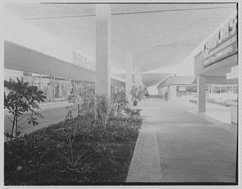 Photo: Cortez Plaza Shopping Center,Bradenton,Florida. Mall,east - North Center Shopping East