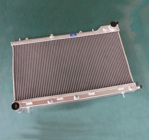 GOWE Radiador para 56 mm aleación de aluminio del radiador radiador para Subaru Forester XT Turbo MT SG5 2003 - 2008: Amazon.es: Coche y moto
