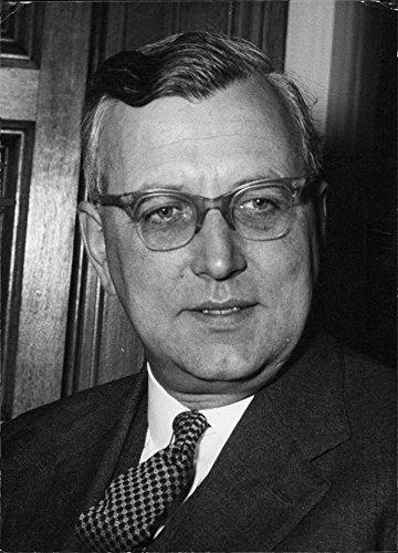 Vintage photo of Joseph Bradshaw Godber in a portrait.