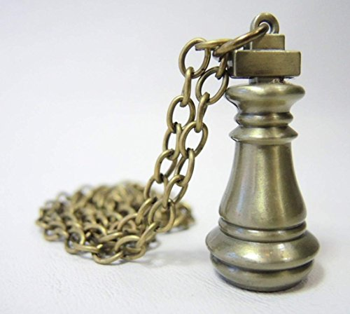 No Game No Life - Imanity King Chess Piece alloy pendant necklace (brass finish)