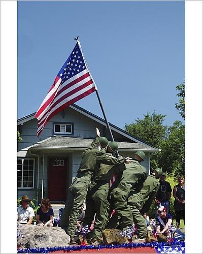 [Photographic Print of Iwo Jima Replica, float; July 4th parade; Ridgefield; Washington; USA] (4th Of July Costumes Australia)