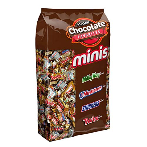 SNICKERS, TWIX, 3 MUSKETEERS & MILKY WAY Minis Size Christmas Candy Variety Mix, 240 Pieces (Mars Mini Mix)