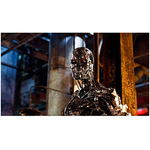 (Terminator Salvation (2009) 8 inch by 10 inch PHOTOGRAPH Terminator from Chest Up Red Eyes Head Turned Left kn)