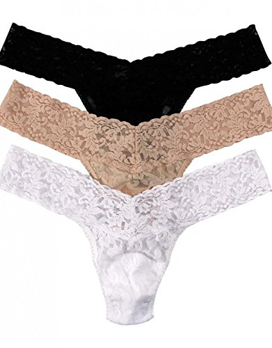 Hanky Panky Women's Signature Lace Low Rise Thong 3-Pack Black/Chai/White Thongs One Size