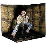 NECA Iron Maiden Piece Of Mind Delux Figure with Diorama 1
