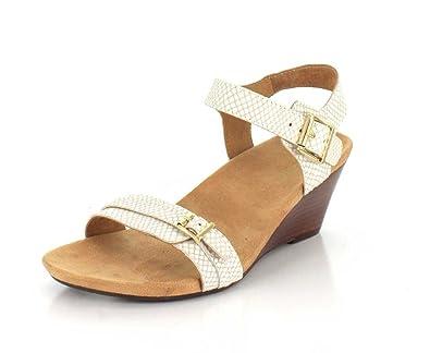 58c3501d4a0c Vionic Womens 382 Laurie Leather Sandals  Amazon.co.uk  Shoes   Bags