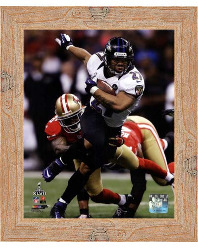 (Poster Palooza Framed Ray Rice Super Bowl XLVII Action- 8x10 Inches - Art Print (Natural Knotty Frame))