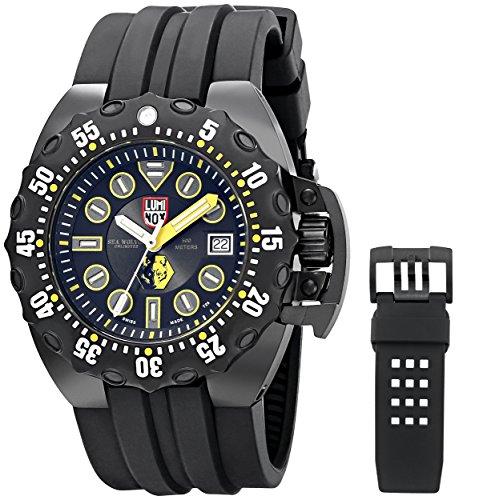 Luminox Men's 1526 Scott Cassell Specials Analog Display Swiss Automatic Black Watch
