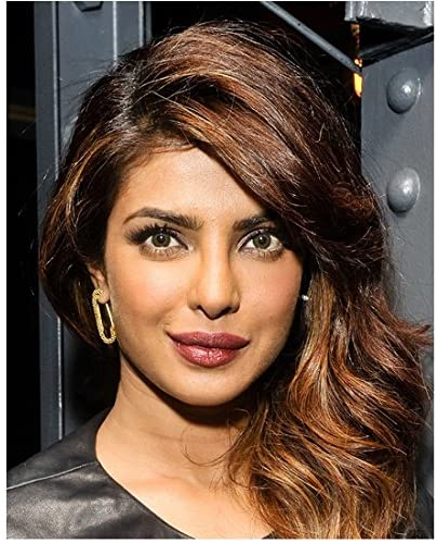 Priyanka chopra muschi close up